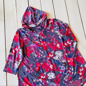 NWOT Lane Bryant Floral Hoodie Tunic Livi Active